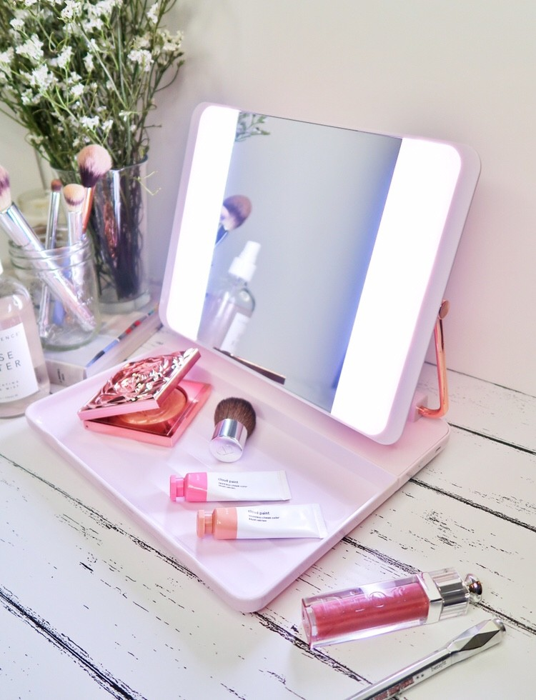 This Lighted Mirror Is The Key To Flawless Makeup